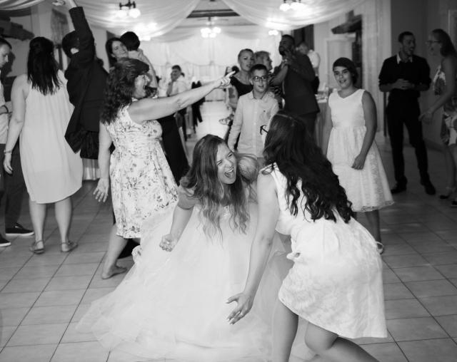 Menyasszony tánc